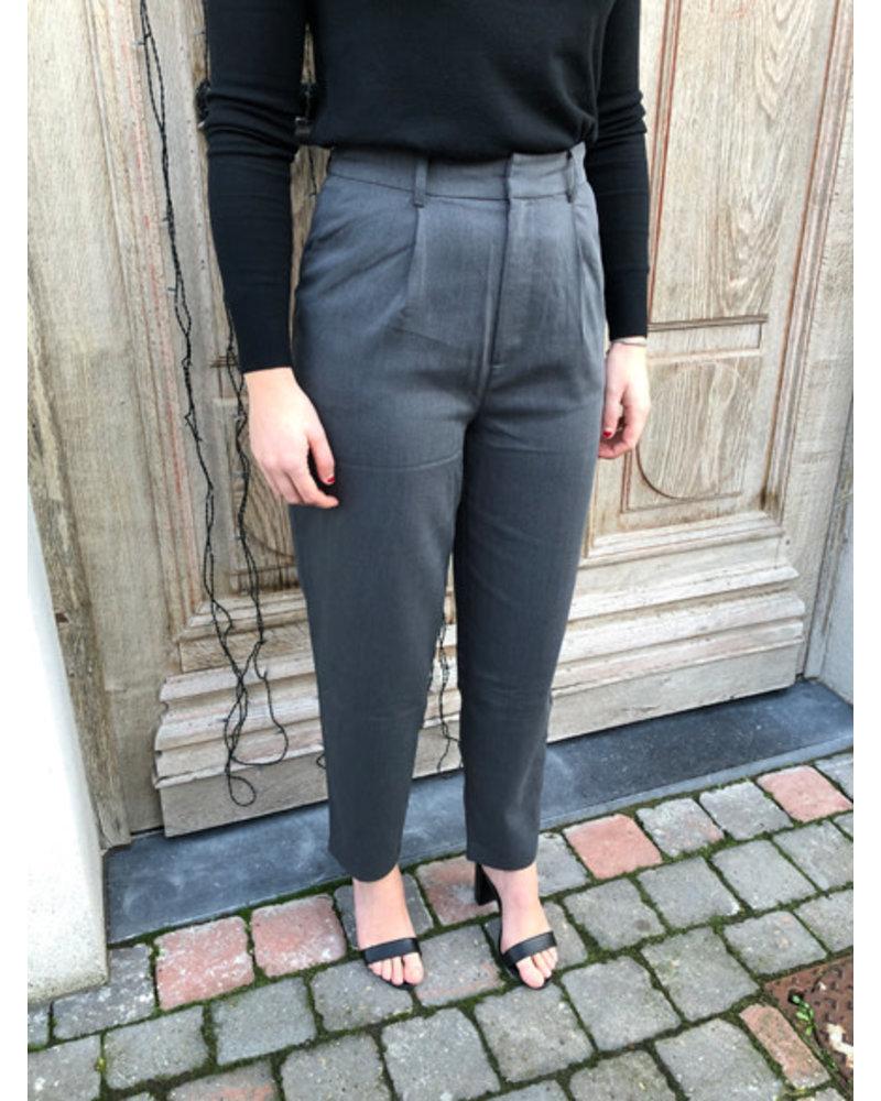 NA-KD Cocoon shape suit pants