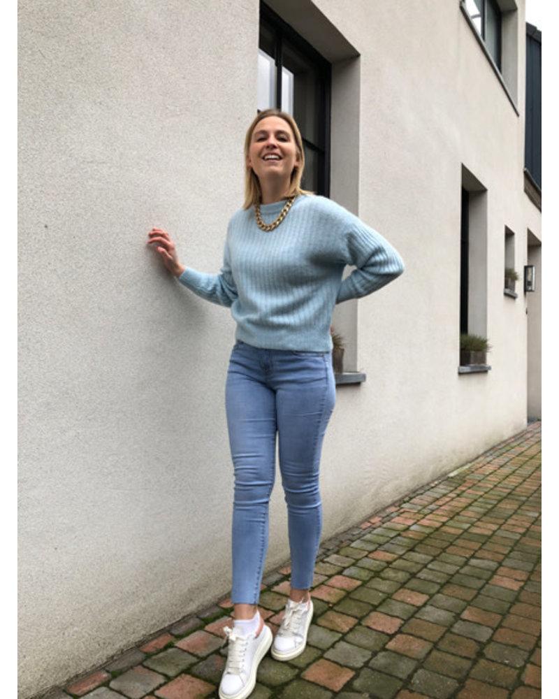 Hailey knit blue