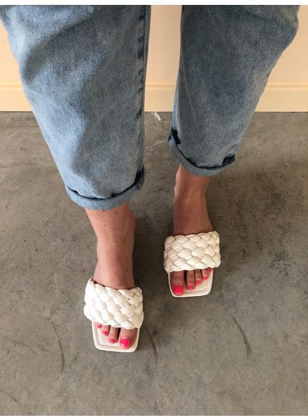 Alice slippers wit
