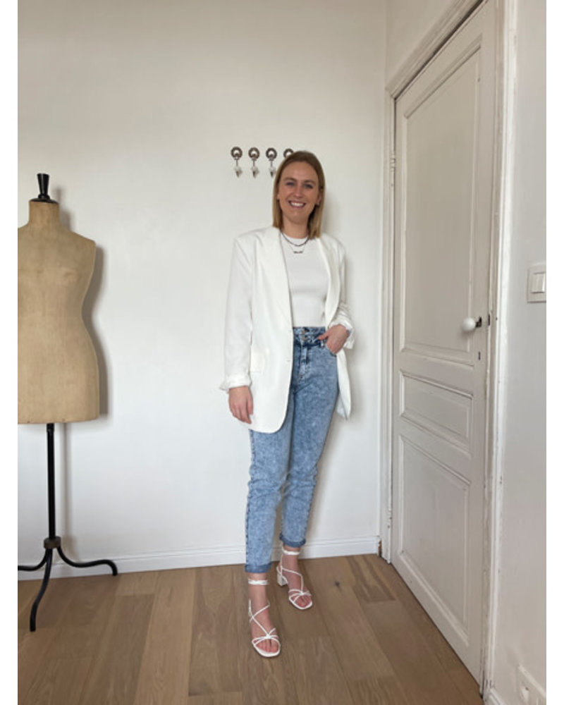 Faye oversized blazer white