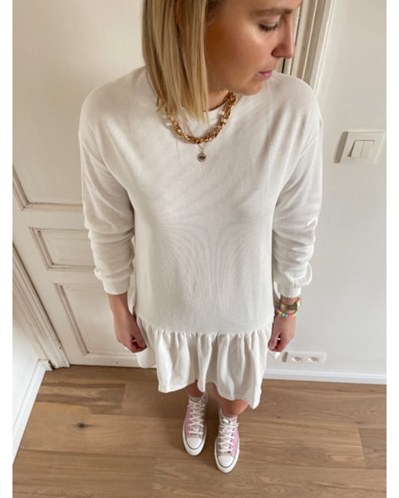 Faye sweater dress white