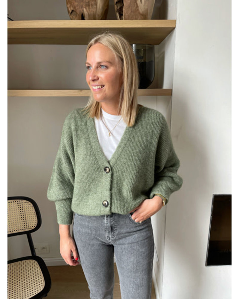 Beau Monde knit olive