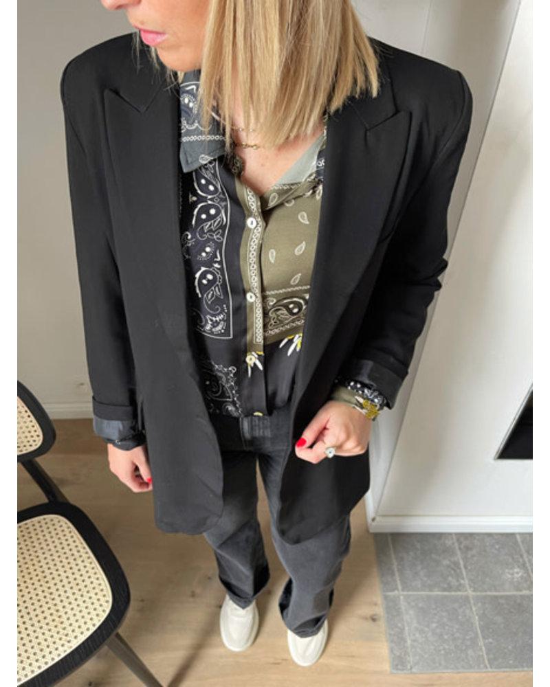 Justine blazer black