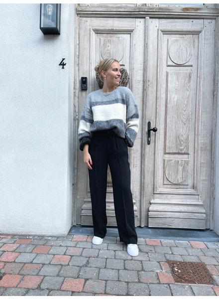 Naomi knit grey