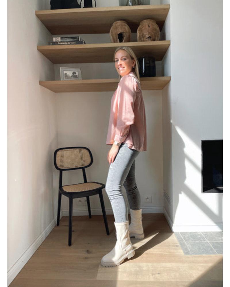 Lisa bloes roze