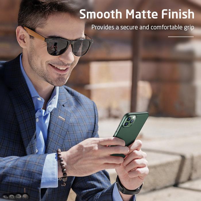 ESR Telefoonhoesje - Apple iPhone 11 Pro Max - Liquid Shield – Groen