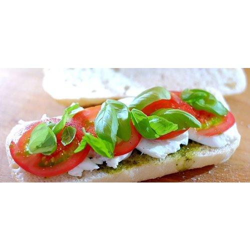 Stokbrood tomaat, mozzarella en pesto per stuk