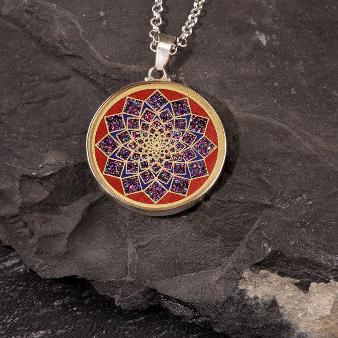 Anhänger Lotus Blume, Silber mit Koralle
