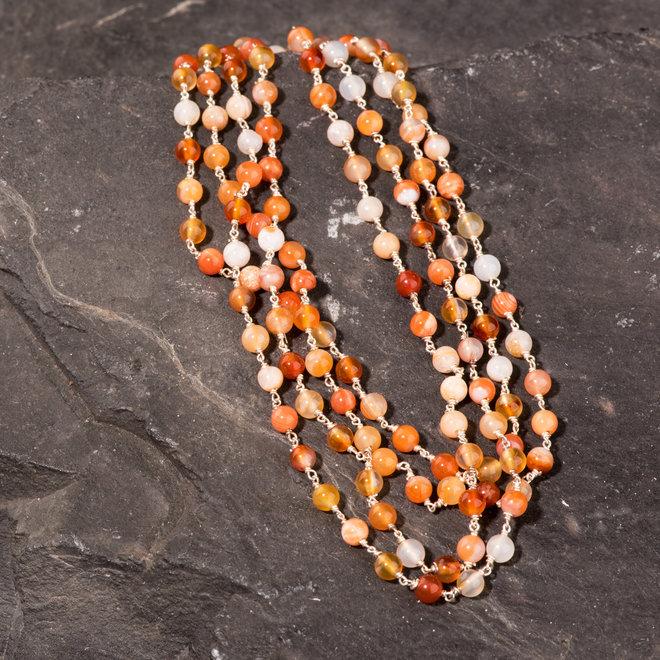 Lange Halskette, Silber mit Karneol Perlen