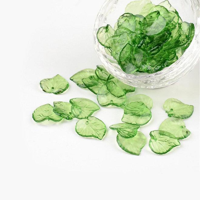Blätter aus durchsichtigem Acryl - grün