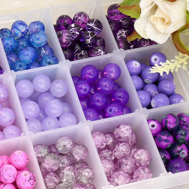 Box mit Sortiment von 24 runden Glasperlen 8 mm - Purple mix