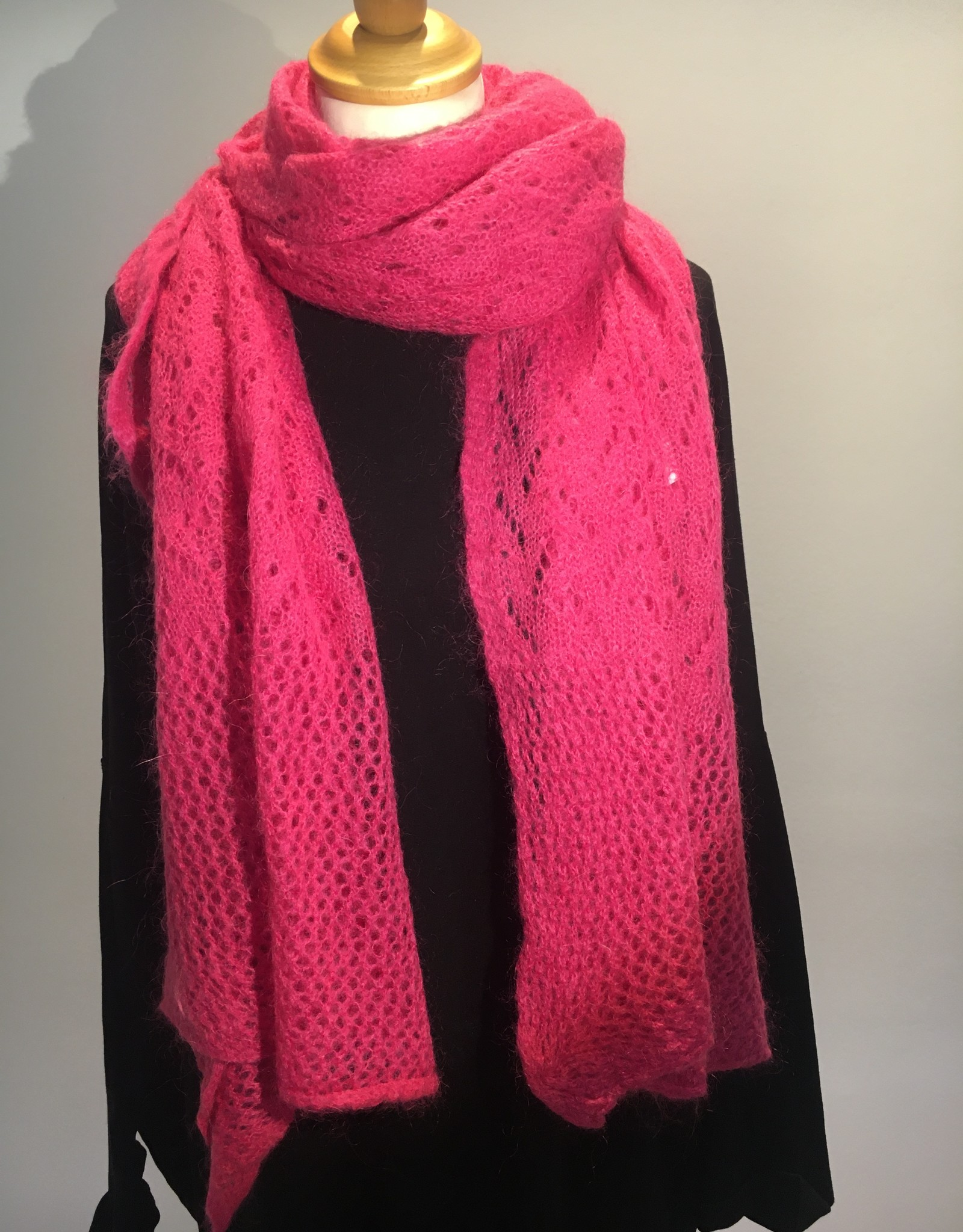 Scarf brodery