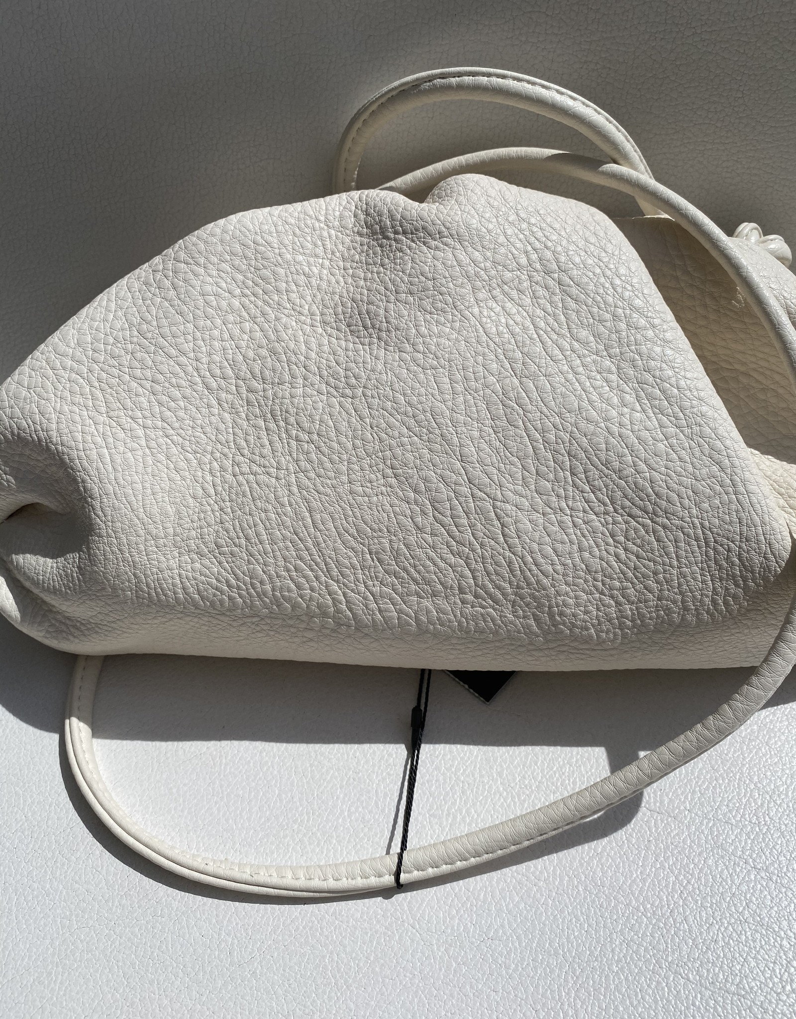 Cloudbag with shoulderbelt
