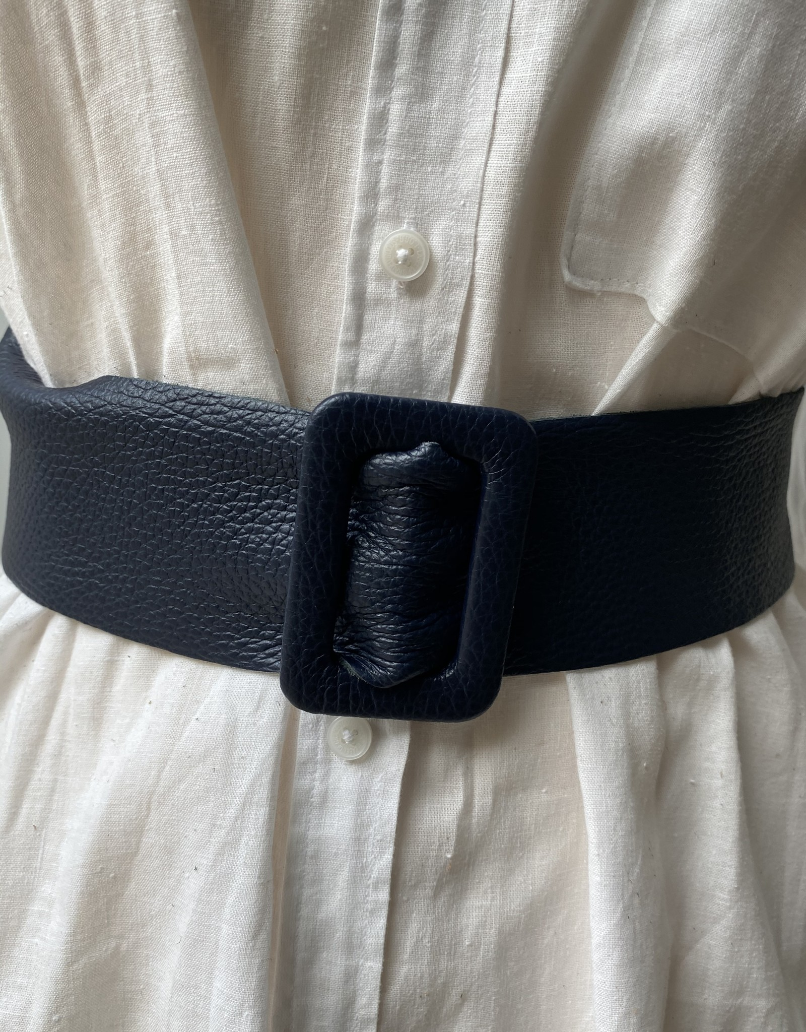 Giuliano Leather wide belt with triangle pull-trough buckle