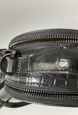 Round bag, in croco leather.