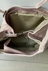 Shopper in bewerkt leder met geweven structuur, meerdere kleuren.