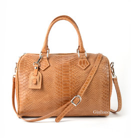 Crocoleather bowling bag  in camel with long shoulderbelt.