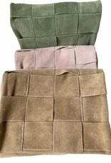 Bag in buckskin, flexible leather, wovenm