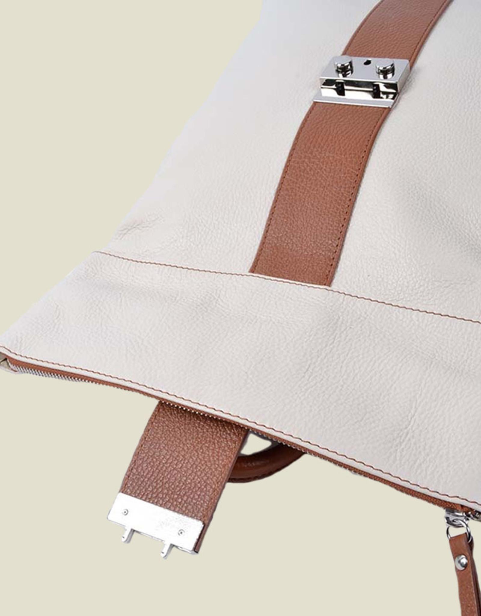 Twee in één, handtas/rugzak in leder in twee kleuren