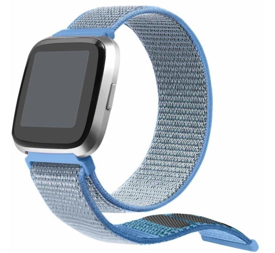Strap-it® Fitbit Versa nylon bandje (blauw)