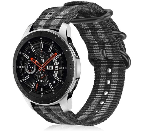 Strap-it® Strap-it® Samsung Galaxy Watch 45mm / 46mm nylon gesp band (zwart/grijs)