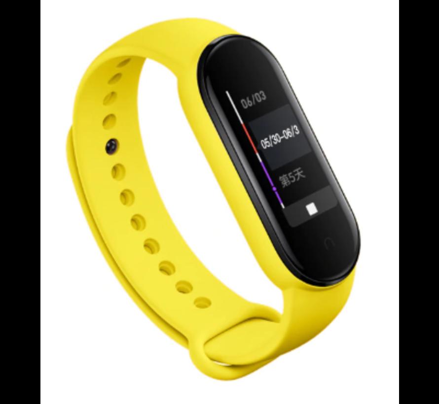 Strap-it® Xiaomi Mi band 5 siliconen bandje (geel)