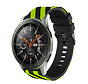 Strap-it® Samsung Galaxy Watch gestreept siliconen bandje 45mm / 46mm (zwart/geel)