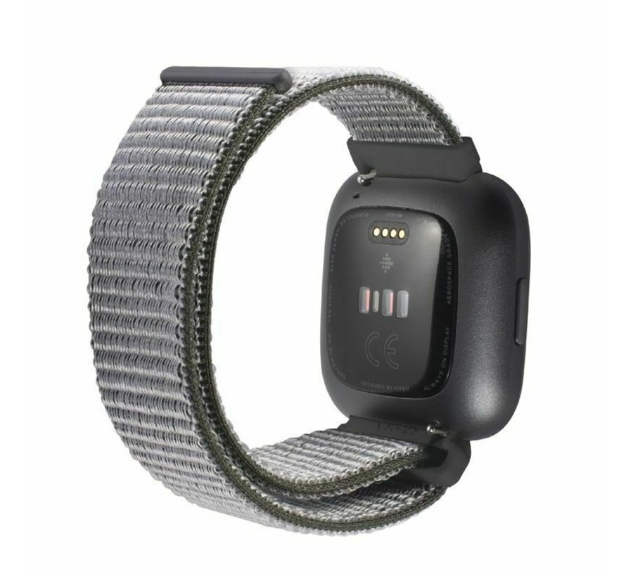 Strap-it® Fitbit Versa nylon bandje (olijfgroen)