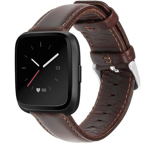 Strap-it® Strap-it® Fitbit Versa leren bandje (donkerbruin)