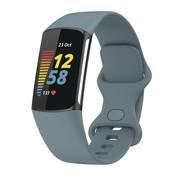 Strap-it® Fitbit Charge 5 siliconen bandje (grijsblauw)