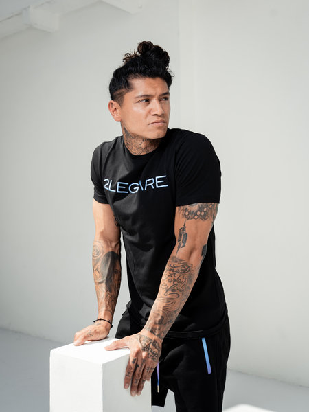 2LEGARE Logo Embroidery Tee - Black/Blue