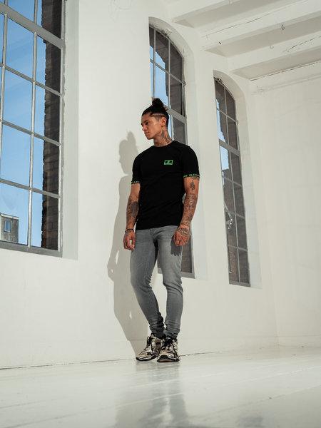 2LEGARE Badge T-Shirt - Black/Neon Green