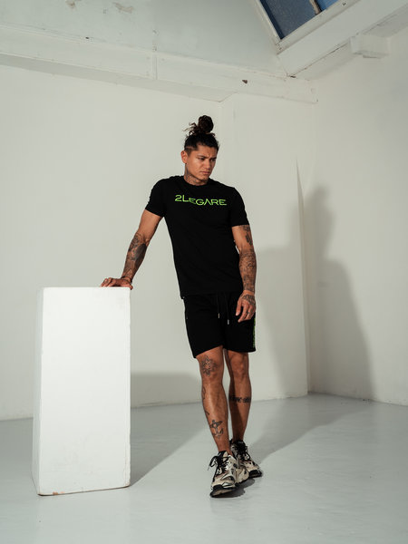 2LEGARE Logo Embroidery Tee - Black/Neon Green
