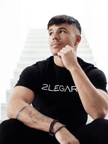 2LEGARE Logo Embroidery T-Shirt - Black/White