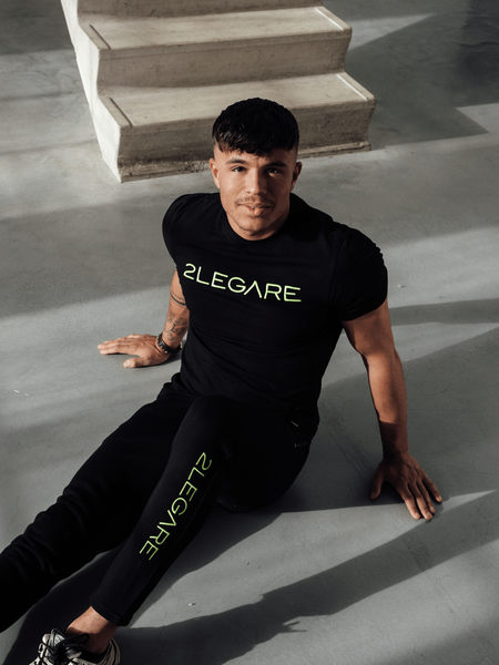 Embroidery T-Shirt - Black/Neon Yellow