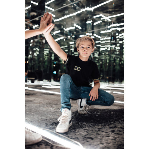 2LEGARE KIDS BADGE TEE - BLACK/NEON YELLOW
