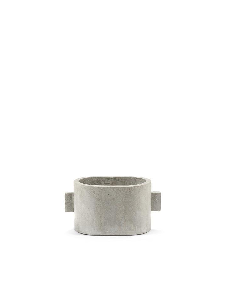 Ovale pot in ruw grijs beton - S