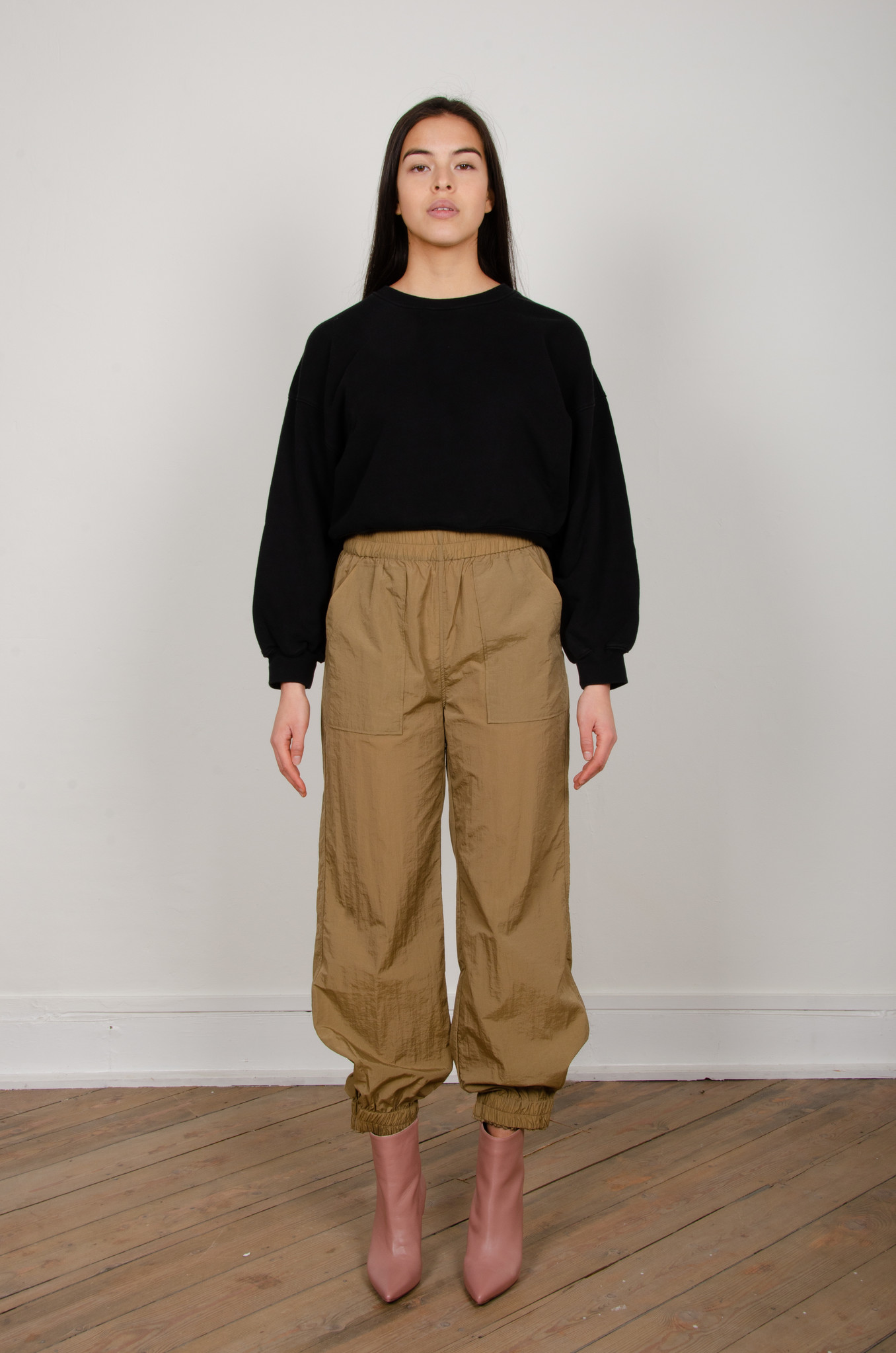 CRINKLED TECH PANTS-1