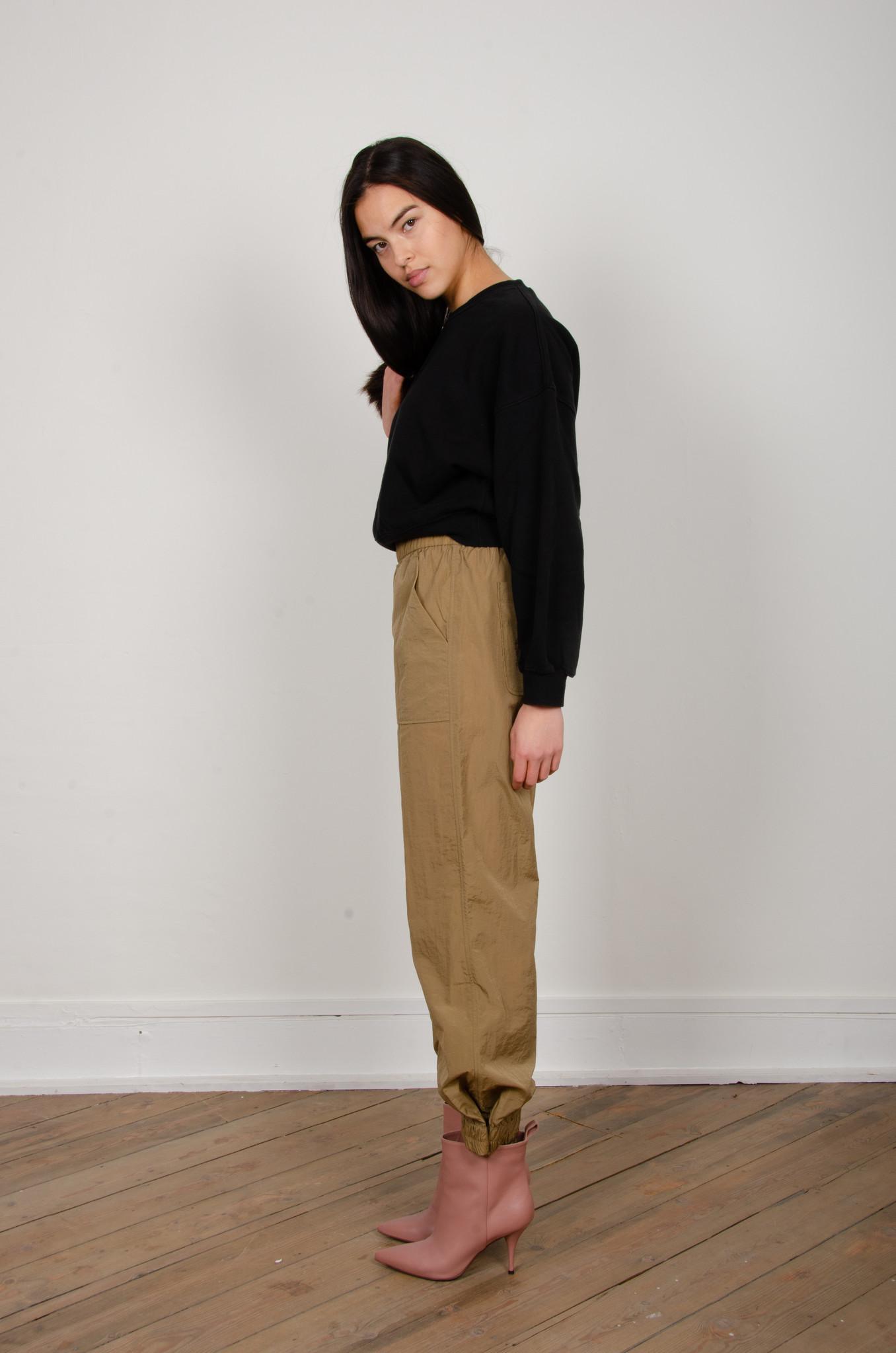 CRINKLED TECH PANTS-2