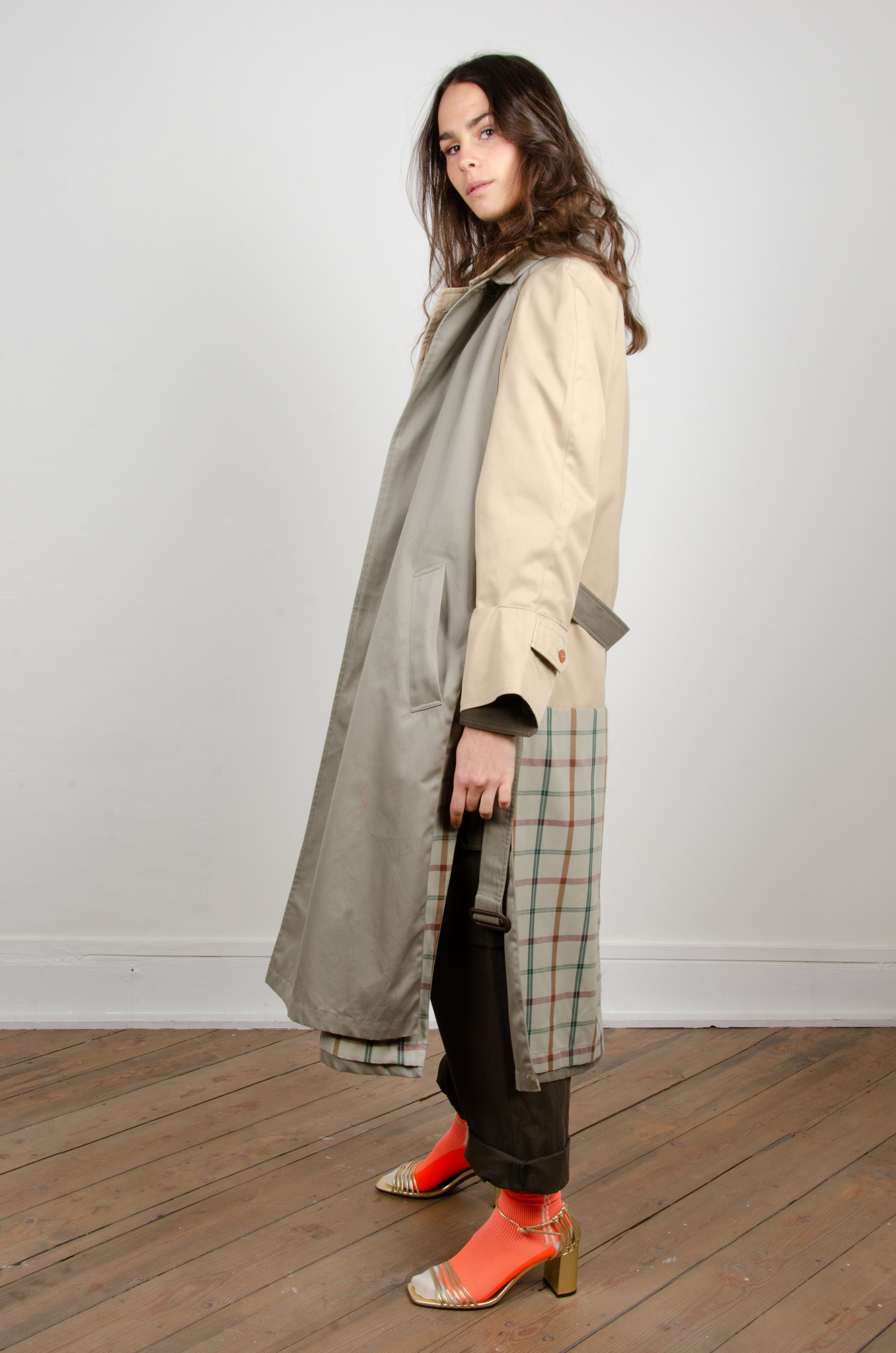 ORAL UPCYCLED TRENCHCOAT-3