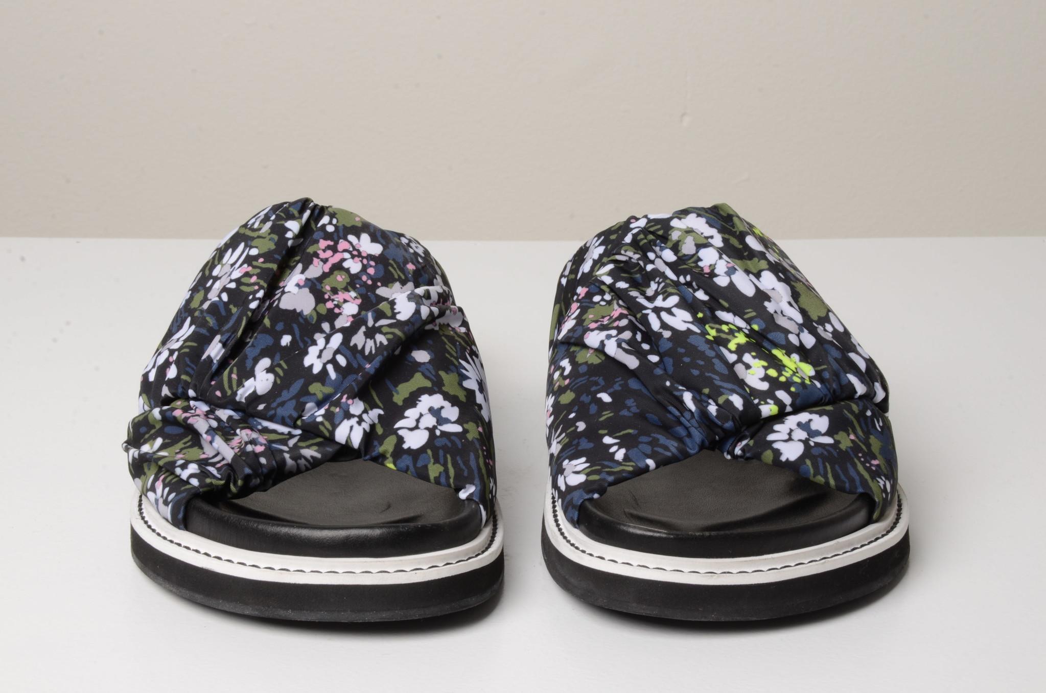 FLOWERED SLIP ONS-6
