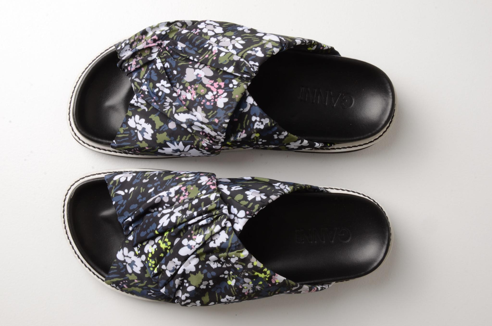 FLOWERED SLIP ONS-8