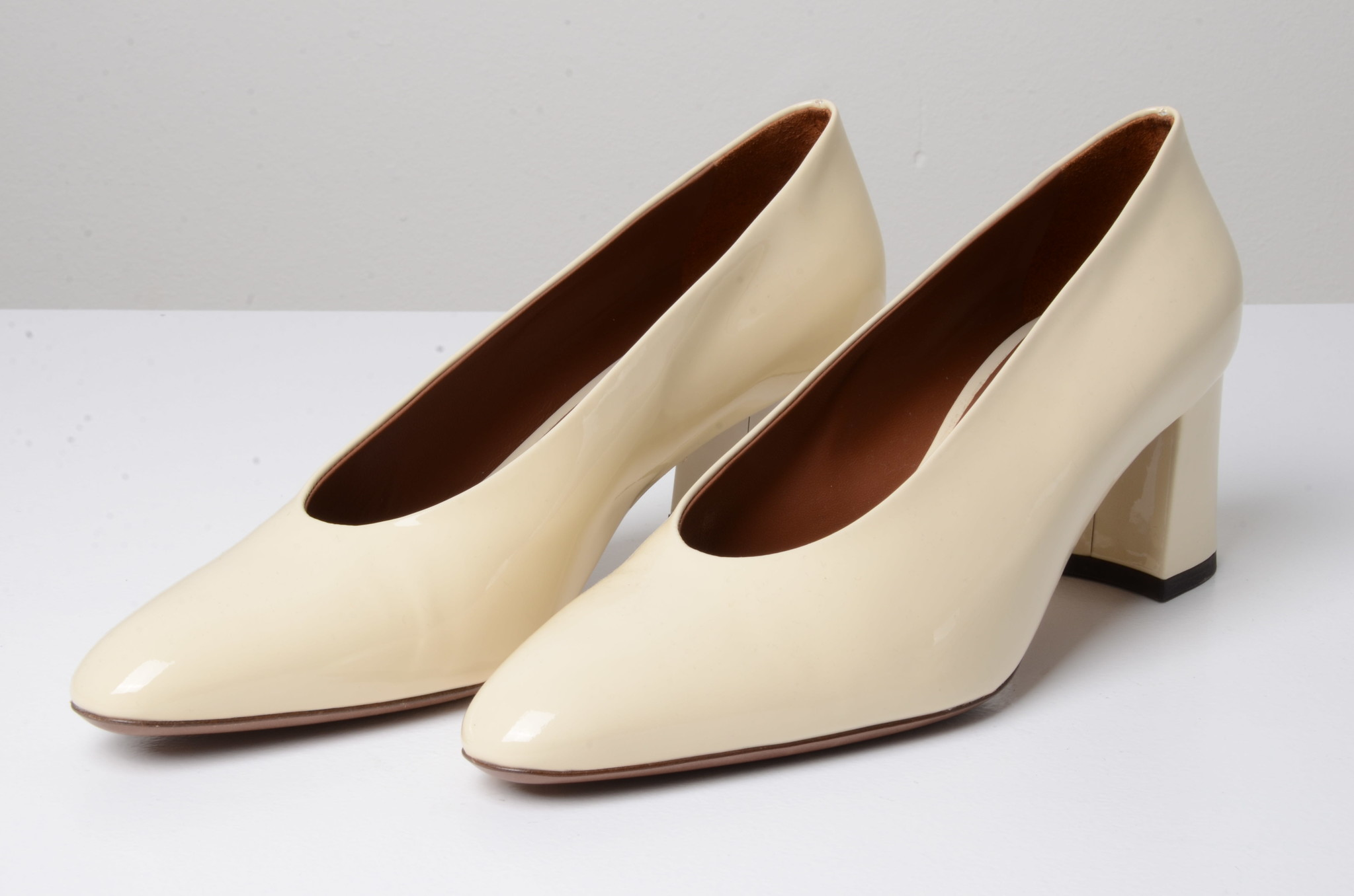 PATENT LEATHER SHOES CREAM-6