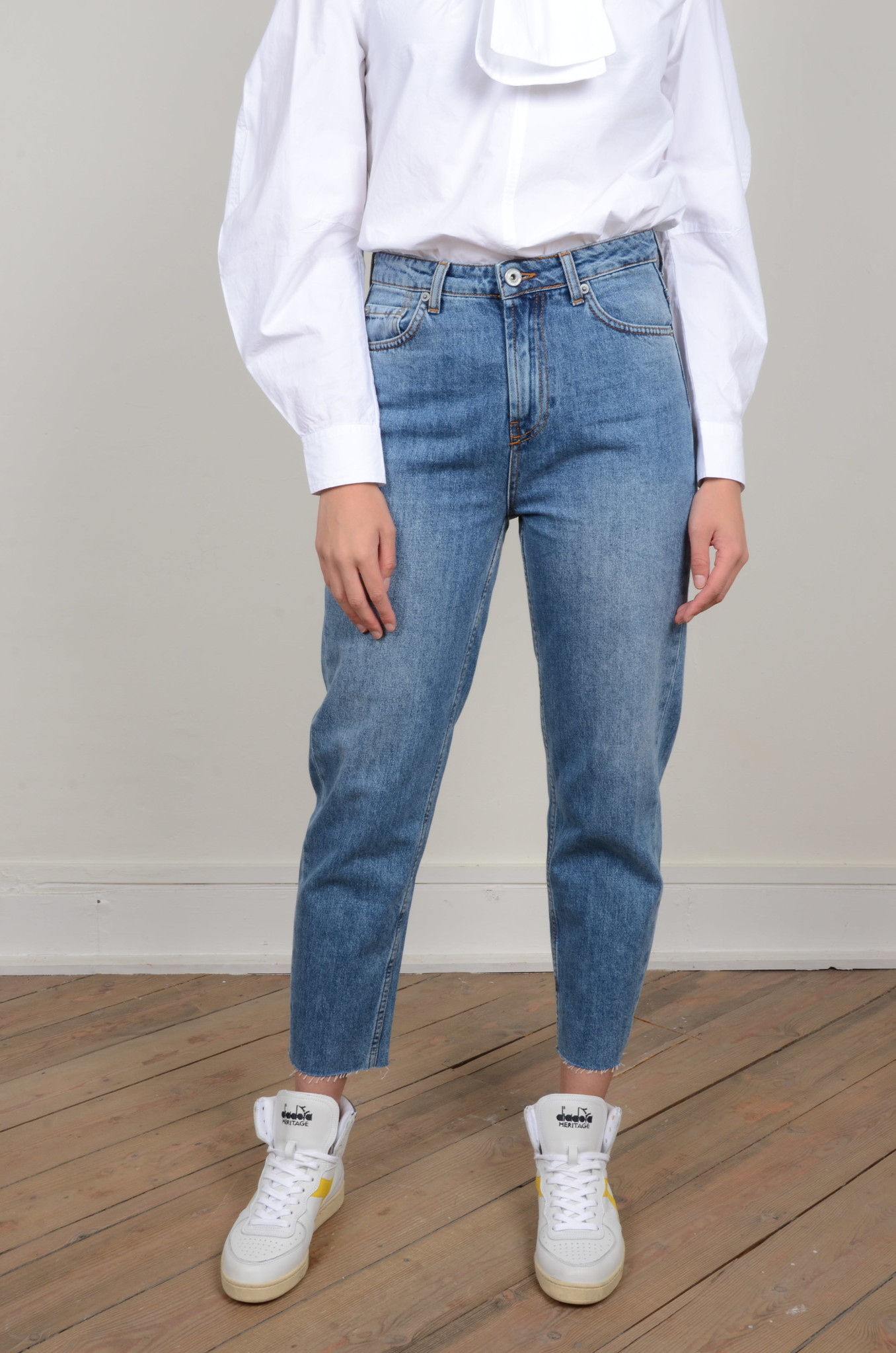 MOM JEANS-1