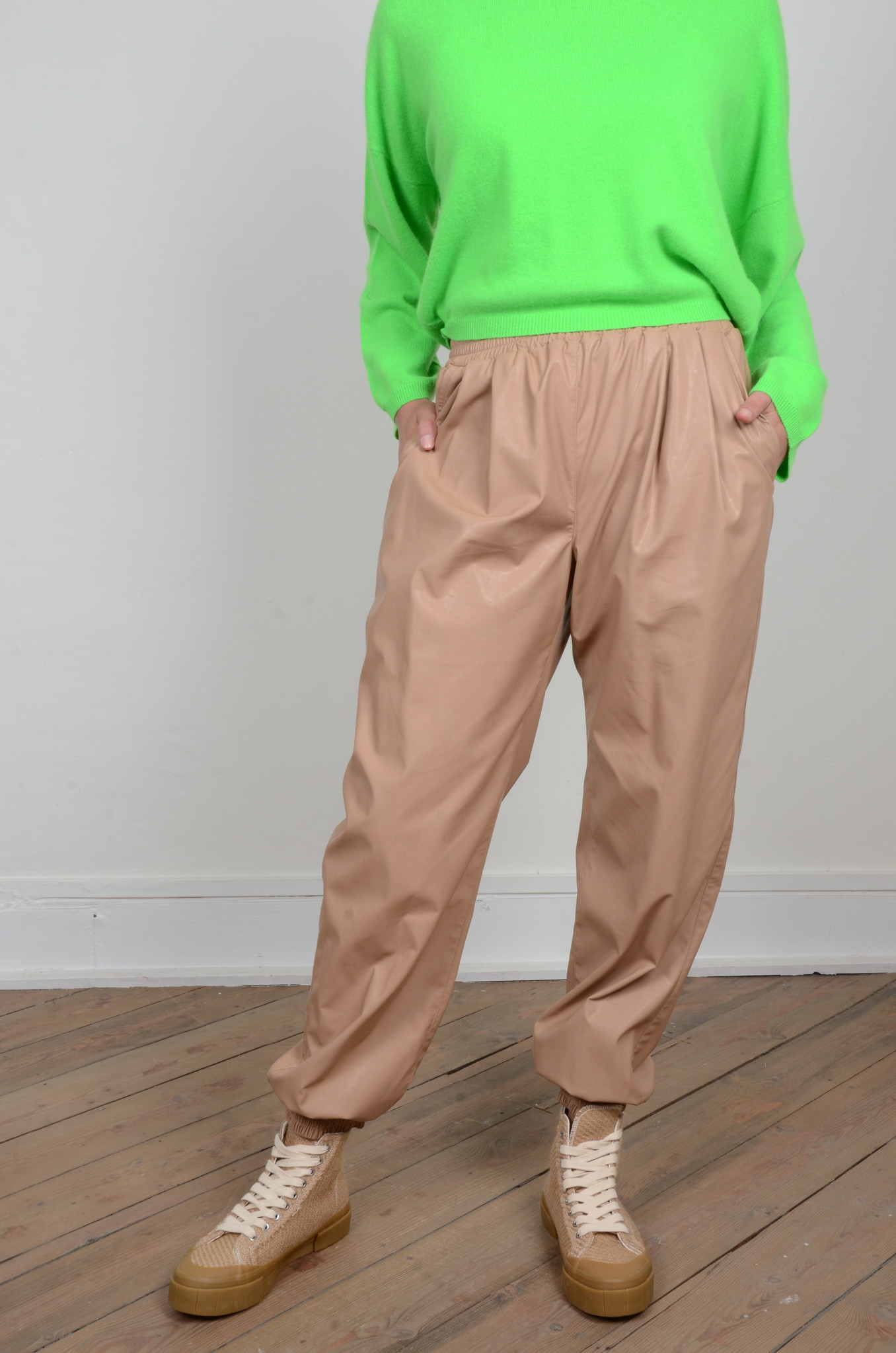 FAUX LEATHER JOGGERS-4