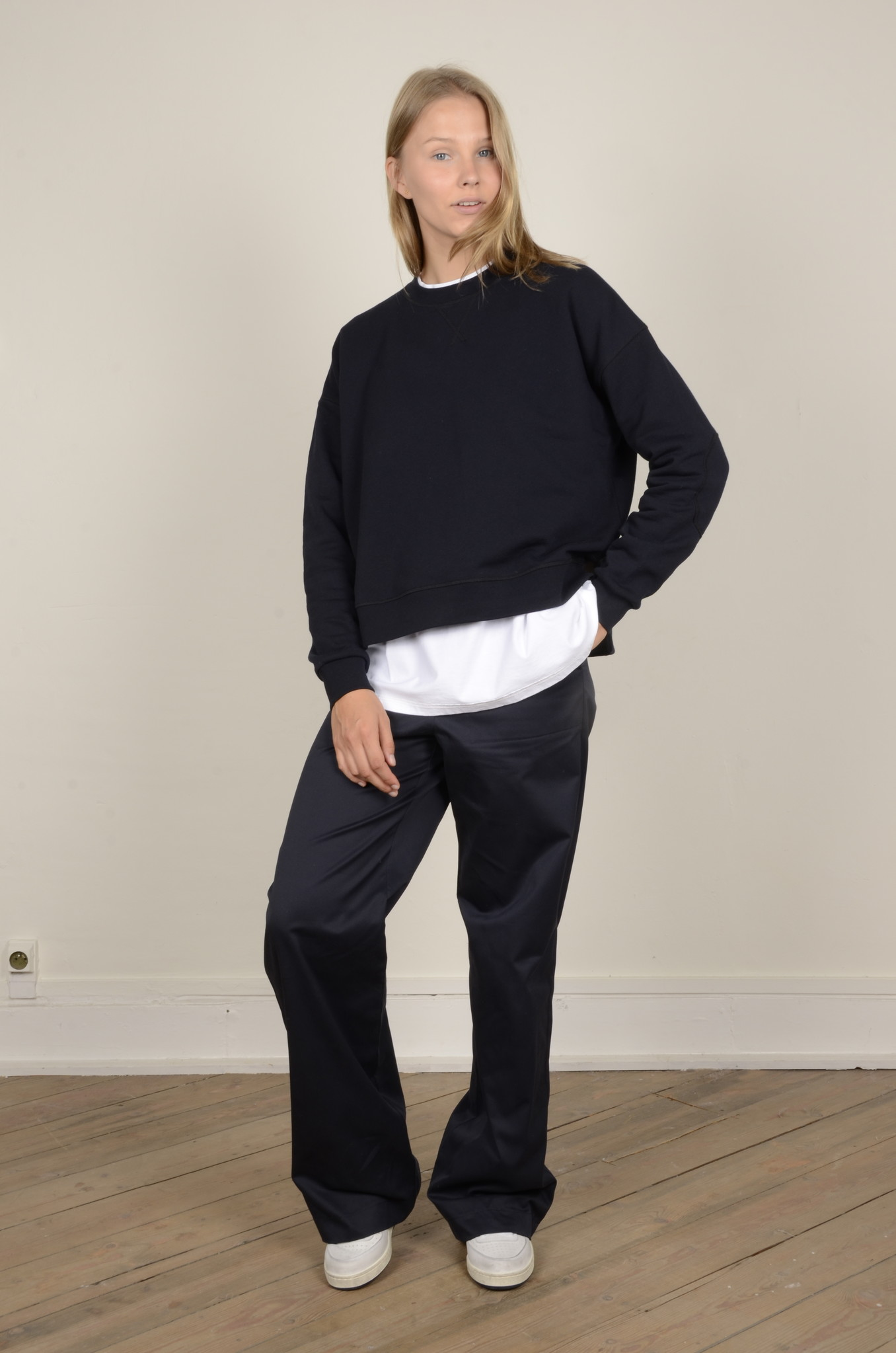 PORTER TROUSERS IN NAVY-5