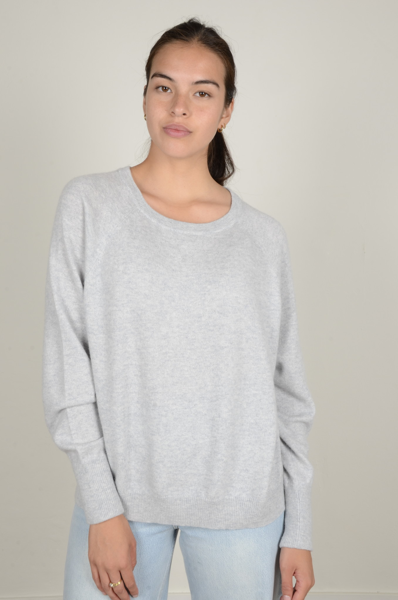 CAROLINA CASHMERE KNIT IN LIGHT GREY-6