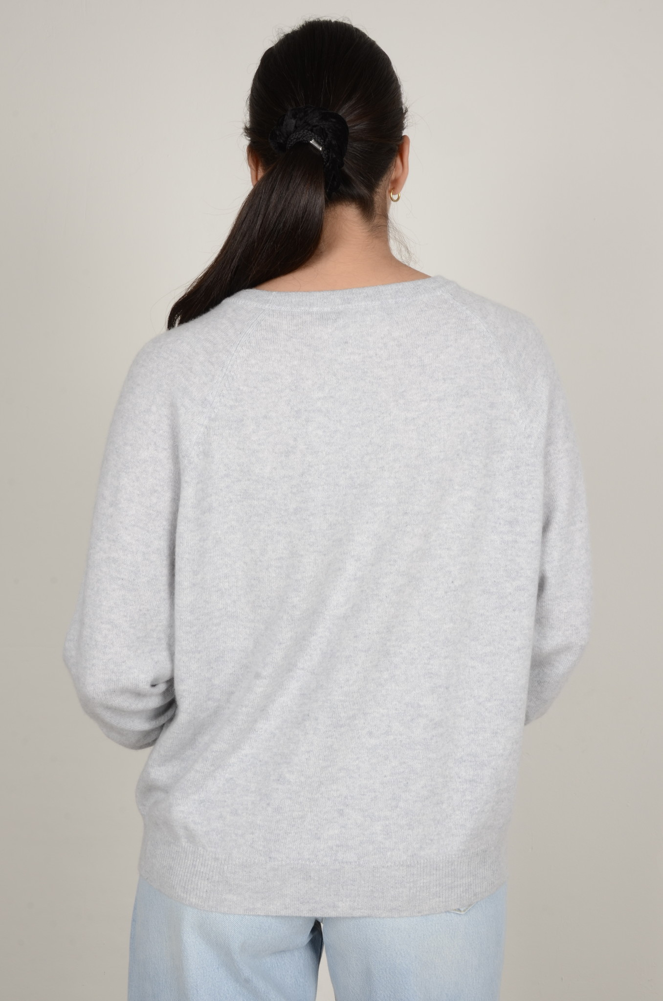 CAROLINA CASHMERE KNIT IN LIGHT GREY-3