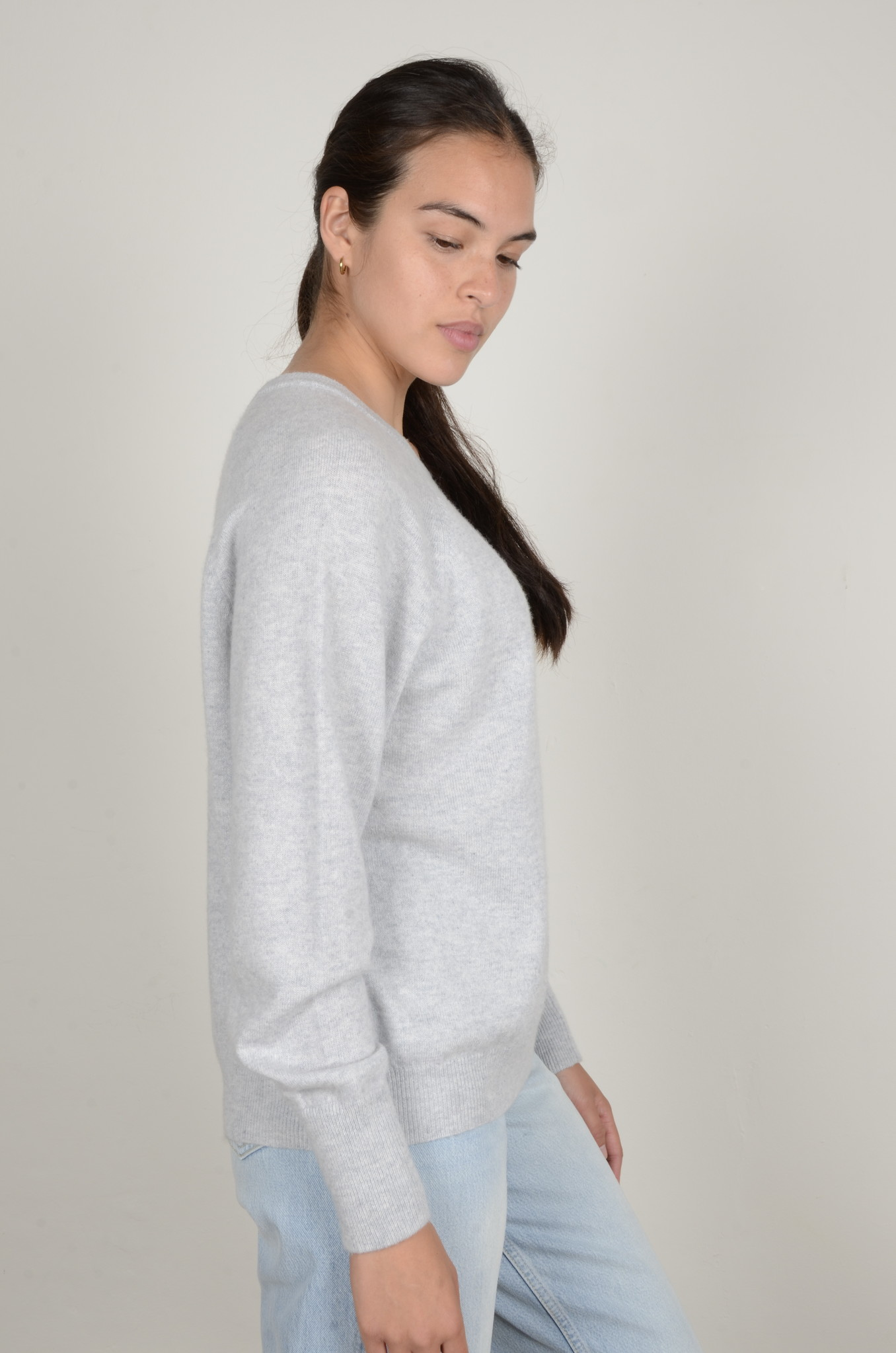 CAROLINA CASHMERE KNIT IN LIGHT GREY-4