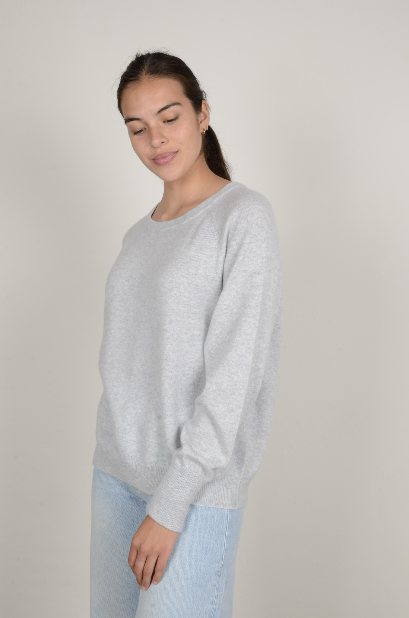 CAROLINA CASHMERE KNIT IN LIGHT GREY-1